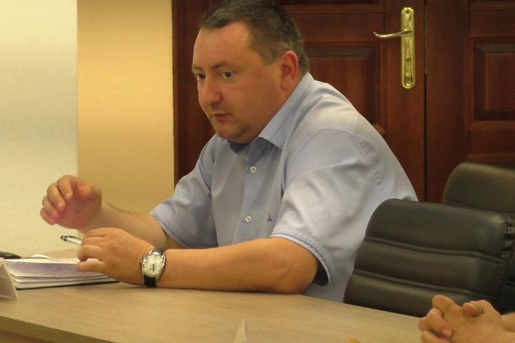 Ушел по-английски. Станислава Мельника лишили мандата депутата