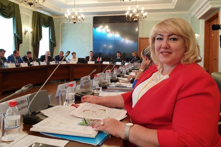 Ольга Болякина поговорила о туризме на питерском форуме