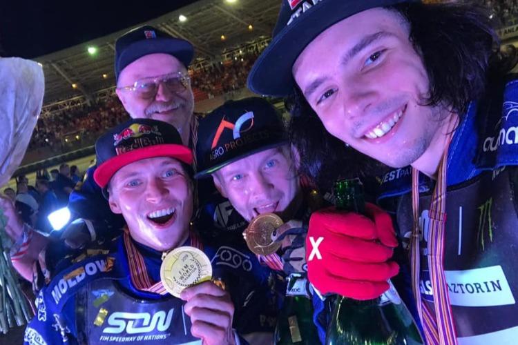 Эмиль Сайфутдинов, Артем Лагута и Глеб Чугунов стали двукратными чемпионами мира по спидвею