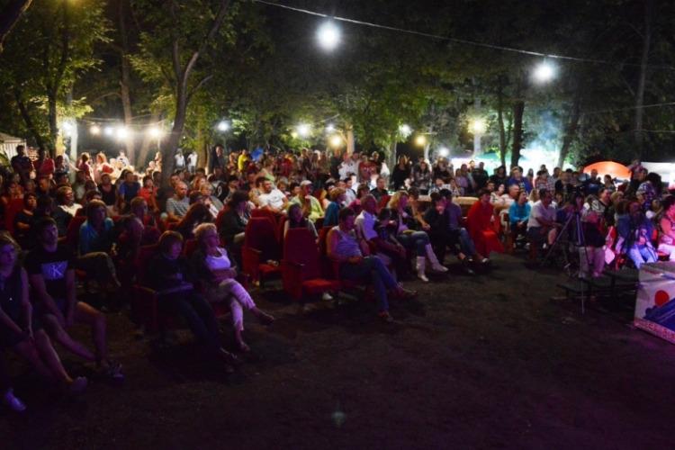 Талантливые балаковцы привезли награды с фестиваля бардовской песни