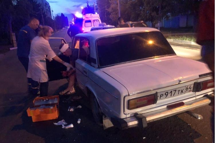 Шестерка протаранила две машины на ул. Гагарина