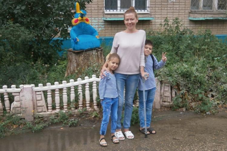 Дети могут остаться без матери. Женщина со страшным диагнозом просит о помощи