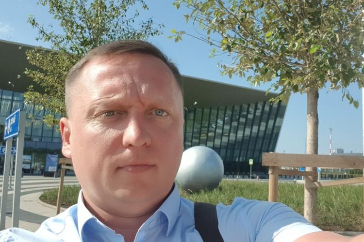 Приземлиться бы... Глава города Роман Ирисов первым из балаковских политиков протестировал аэропорт Гагарин