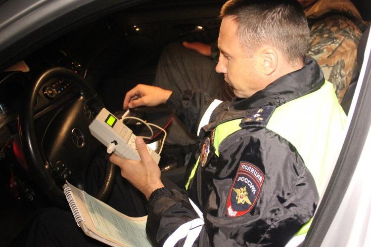2 пьяных водителя грубо нарушили ПДД. Сводка ГИБДД Балакова