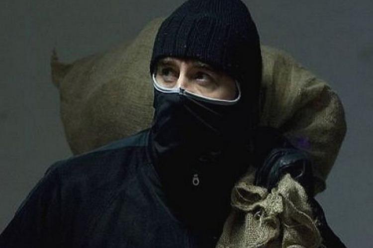 Балаковец ограбил жену-кассира на 6 миллионов рублей
