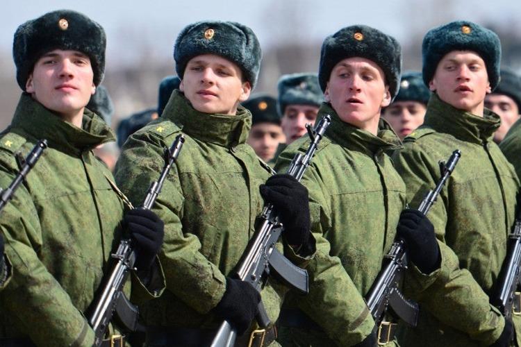 Балаковский военкомат озвучил свои аппетиты в осенний призыв