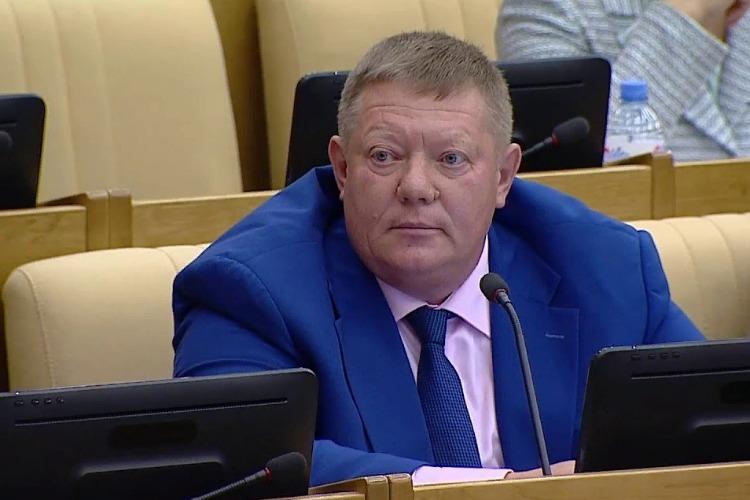 Депутат Николай Панков: Власти Балакова из последних сил убирают мусор за того, кто это должен делать