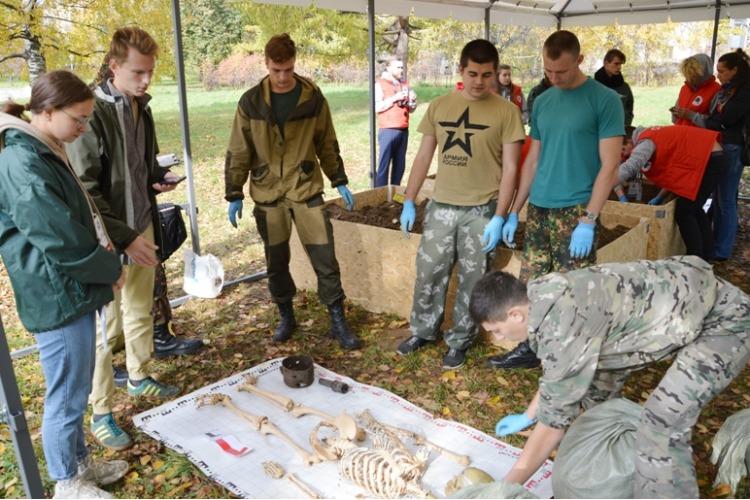 Балаковский Набат представил область на окружном слете поисковых отрядов