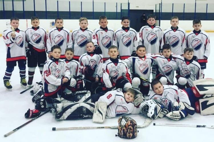 Балаковские хоккеисты доказали саратовцам свою волю к победе
