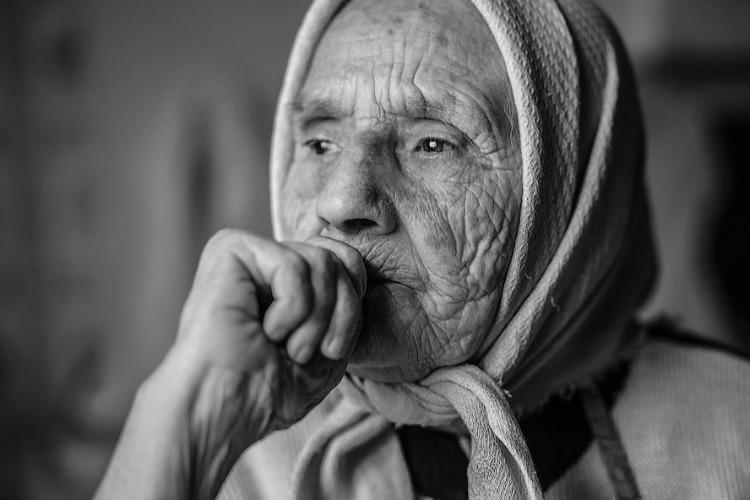 Сельчанин получил срок за ограбление знакомой 90-летней бабушки