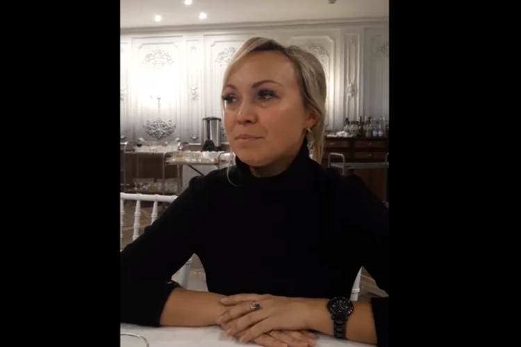 Мама убитой в Саратове девочки записала обращение к россиянам. Видео