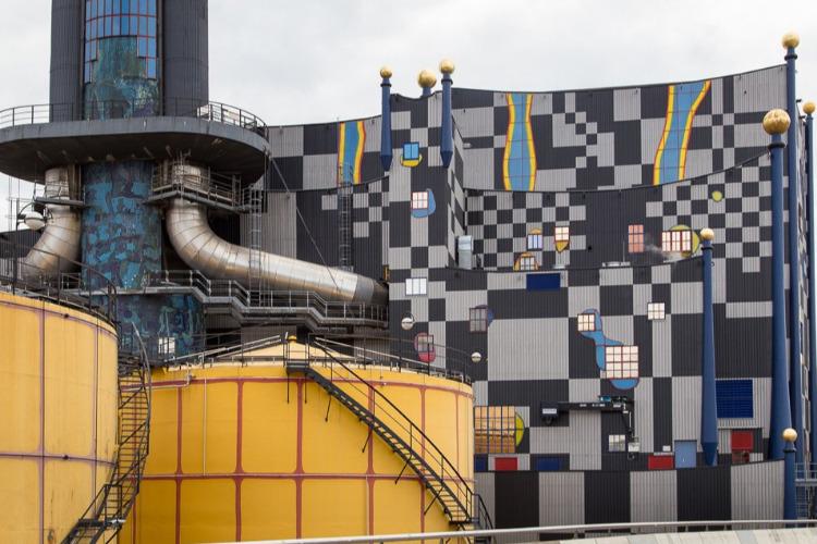 Горный обещают в Вену превратить. Завод по переработке отходов рисуют самыми яркими красками