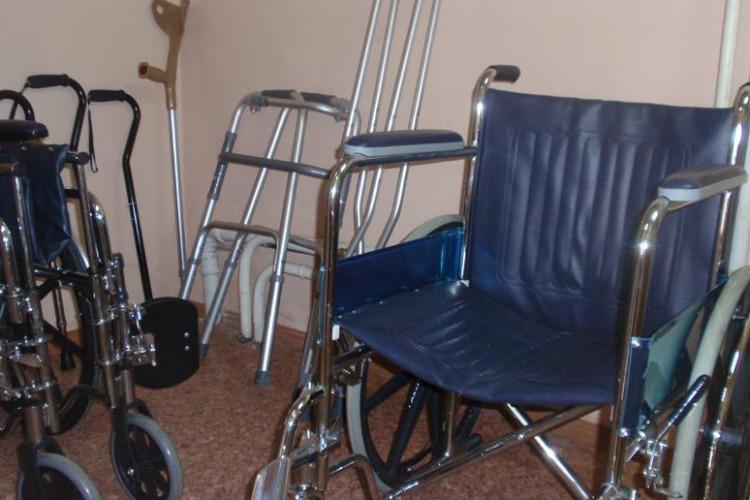 В Центре соцобслуживания стали бесплатно выдавать средства реабилитации