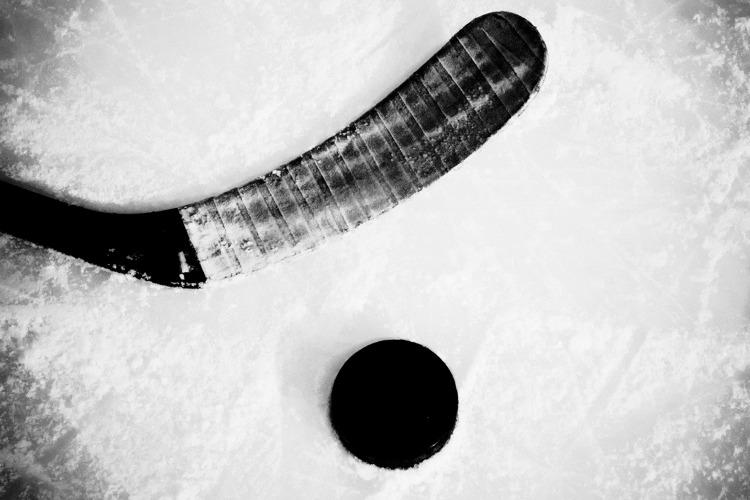 Ночные хоккейные баталии продолжаются