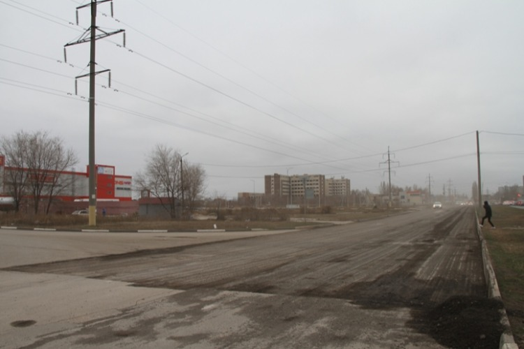 Ремонт Саратовского шоссе идет полным ходом