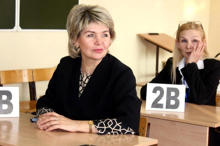 """Любовь Бесшапошникова: """"Наша задача — уйти от налички в школе"""""""