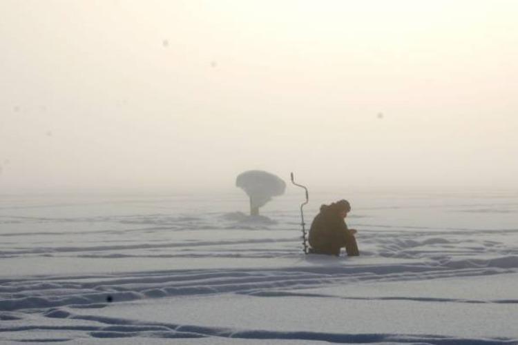Пропавшего в Балаковском районе рыбака искали пять часов