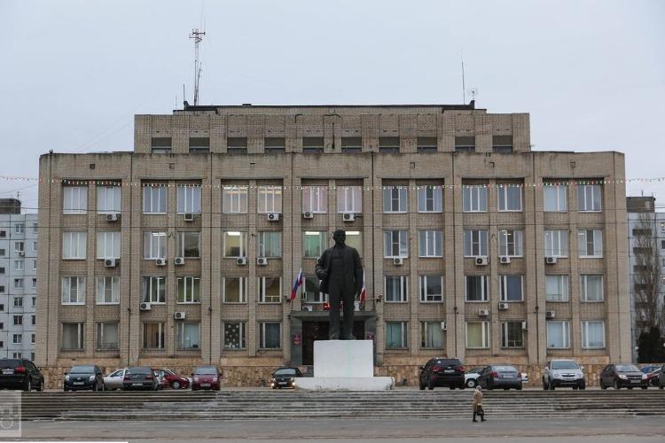 Балаковцы предлагают нести к Администрации ржавые ведра в поддержку жителей Наумовки