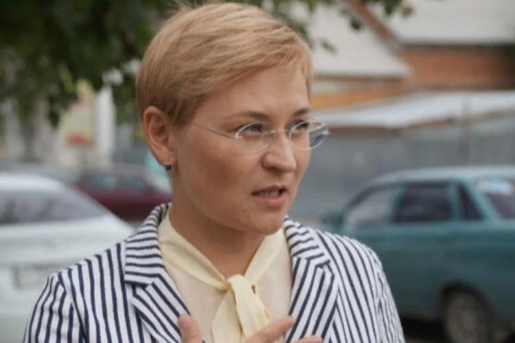 Сенатор Людмила Бокова после суверенного интернета мечтает о контроле над такси