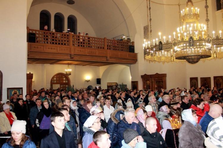 В Свято-Троицком храме состоялась праздничная Рождественская литургия