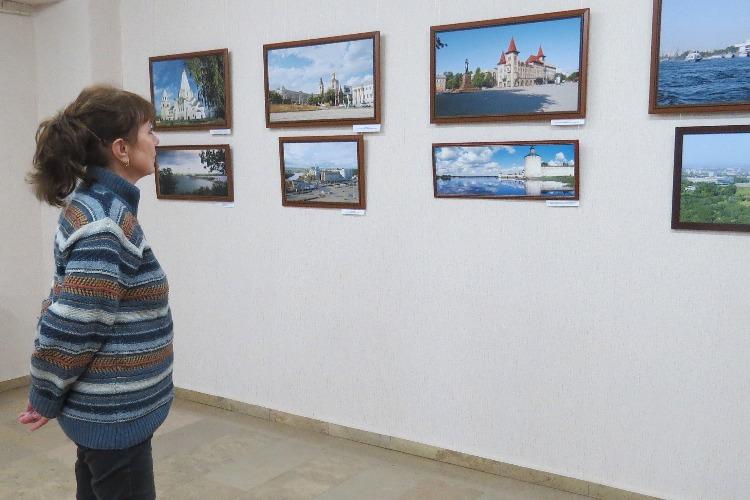 """О Чудо-выставке """"Храмы и природа России"""""""