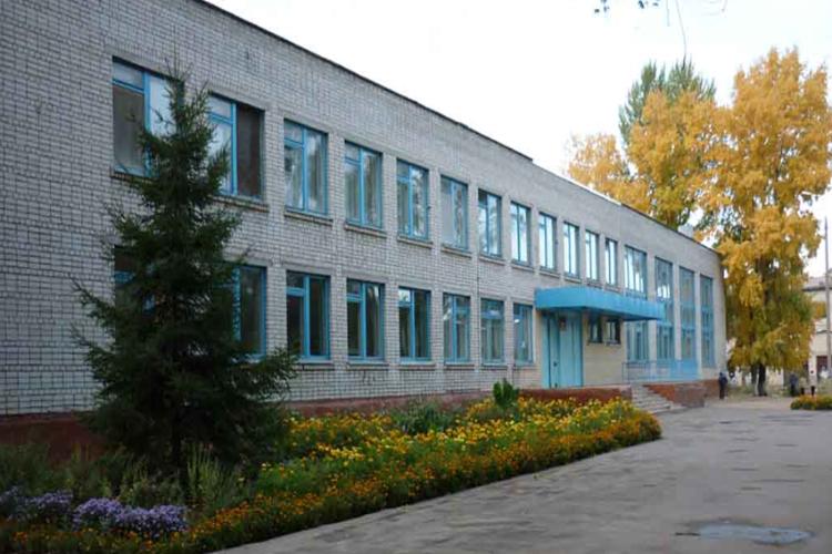 Школе №7 присвоено имя Владимира Николаевича Перегудова