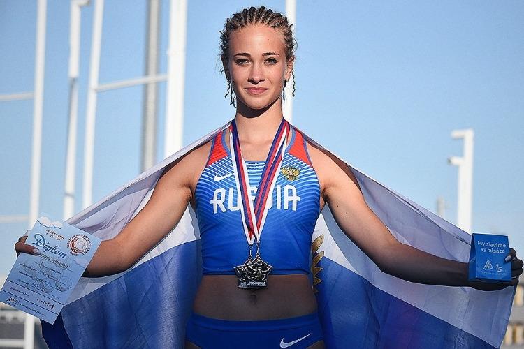 Восходящая звезда легкой атлетики Настя Кукушкина: Сама укладываю маты