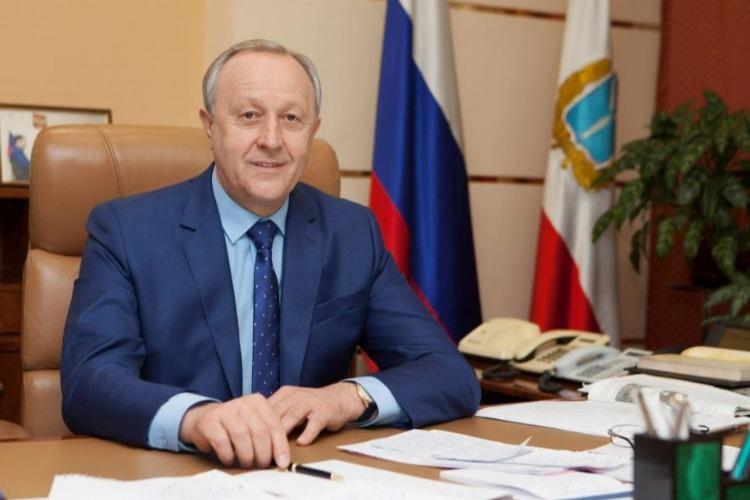 Губернатору региона Валерию Радаеву сегодня исполняется 59 лет