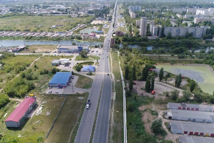 Самая длинная улица Балакова с высоты птичьего полета. Видео