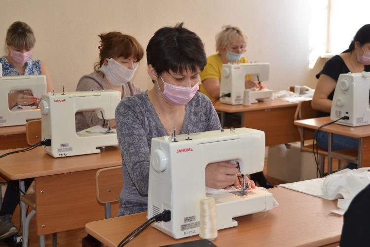 Чиновники будут координировать работу по пошиву масок