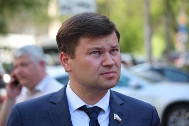 Глава Энгельсского района покинул свой пост после выволочки депутата Госдумы