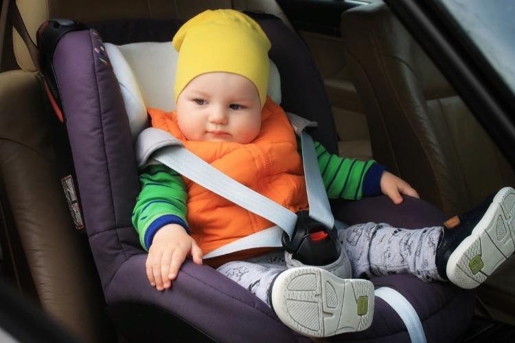 Как уберечь жизнь ребенка-пассажира