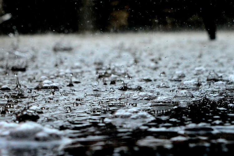 Региональный Гидрометцентр: В Балакове за сутки выпала месячная норма осадков