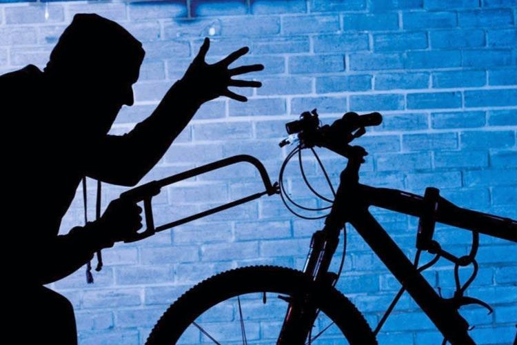 Росгвардейцы задержали ночного велокрада