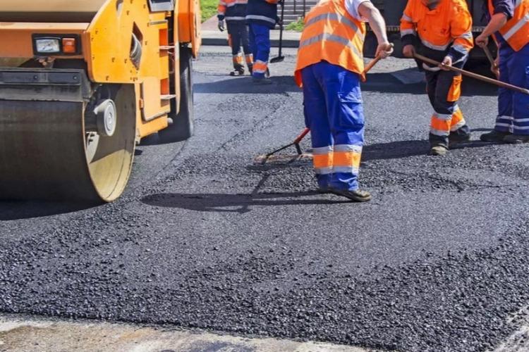 Дорожники перекрывают две улицы в Балакове на время ремонта дорог. Схемы