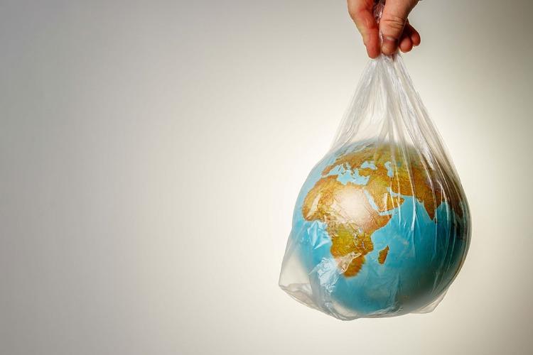 Пакеты, которые спасут мир. Видео