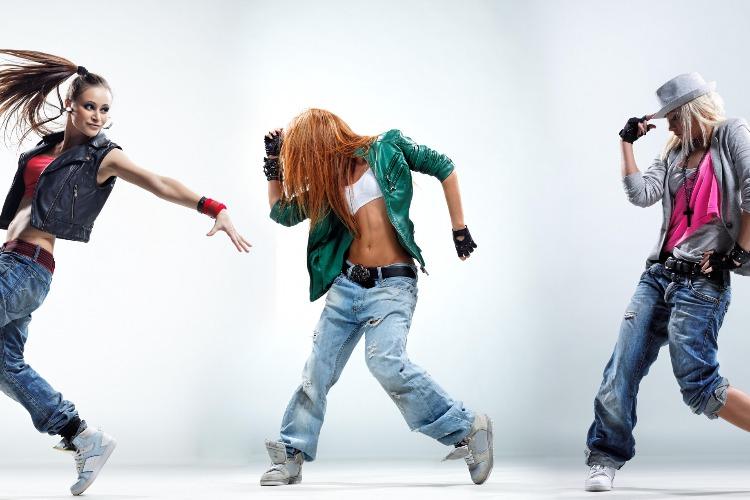 Дворец культуры объявляет танцевальный онлайн конкурс для молодежи