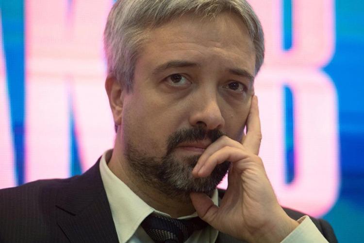 За ксиву помощника депутата госдумы Е.Примакова требовал 177 тысяч рублей