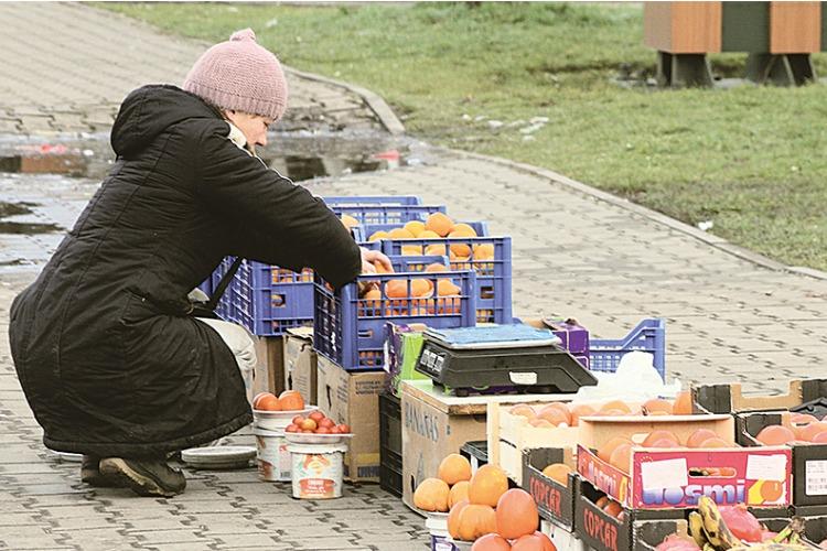 Чиновники и полиция выписали 17 штрафов за нарушения правил торговли и благоустройства