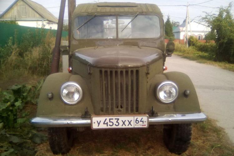 В Балакове выставлен на продажу раритетный внедорожник. Он был на ходу еще при Сталине