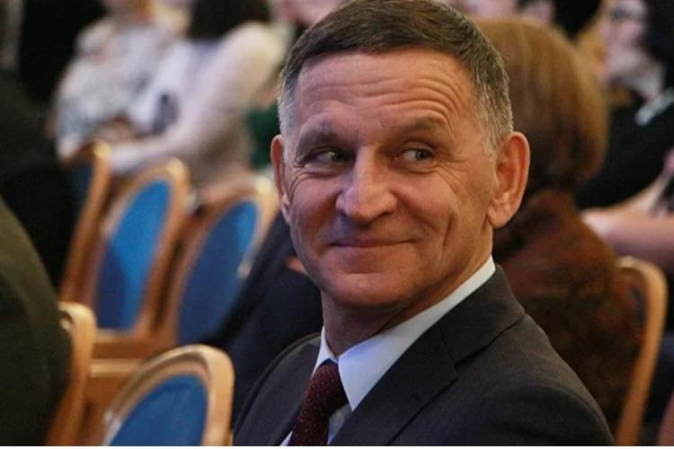Сколько игл в ногтях у депутата или Почему Иван Чепрасов избегает обнуления?