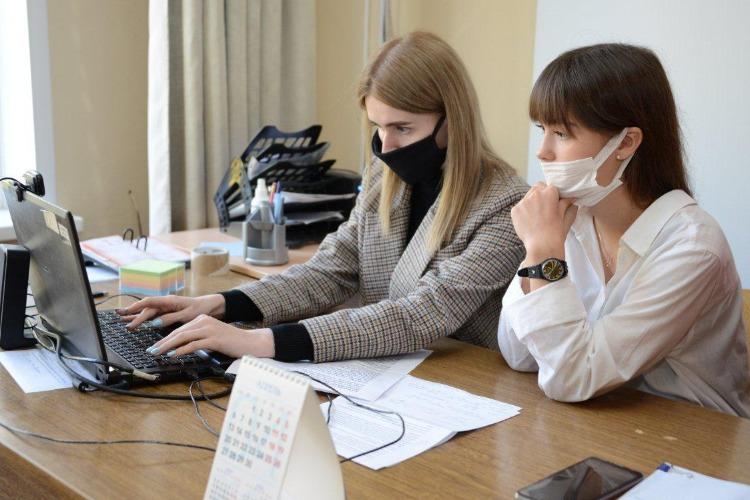 """Балаковская АЭС: на саммите молодых ProAtom-2020 предложили к реализации проект Росатома """"Умный город"""""""