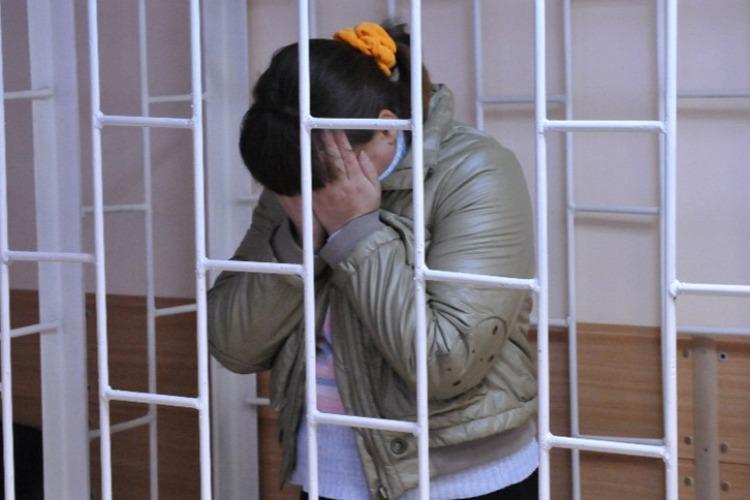 В Балакове горе-мать отправили в колонию за неуплату алиментов на дочь