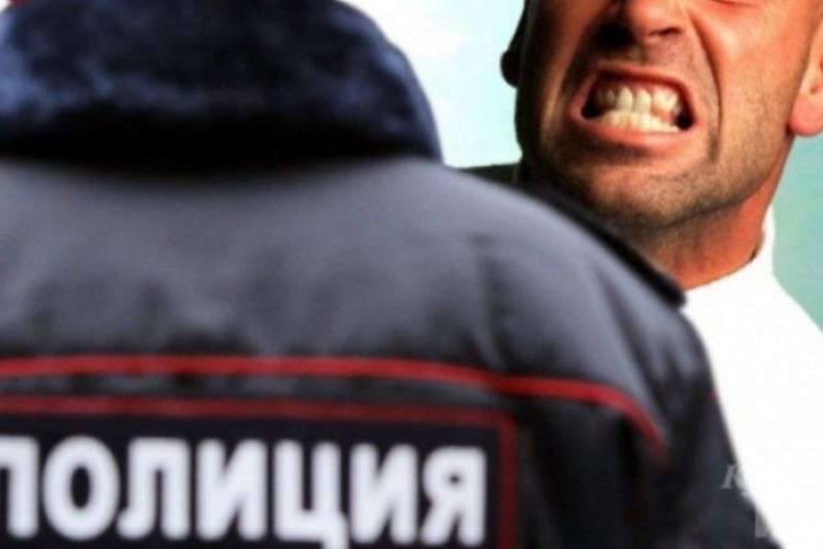 В Балакове судимый местный житель покусал полицейского. Ему грозит до 10 лет колонии