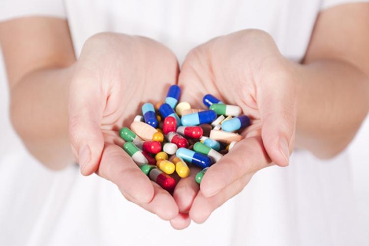 Бесплатные лекарства от коронавируса уже получили 69 жителей Балакова