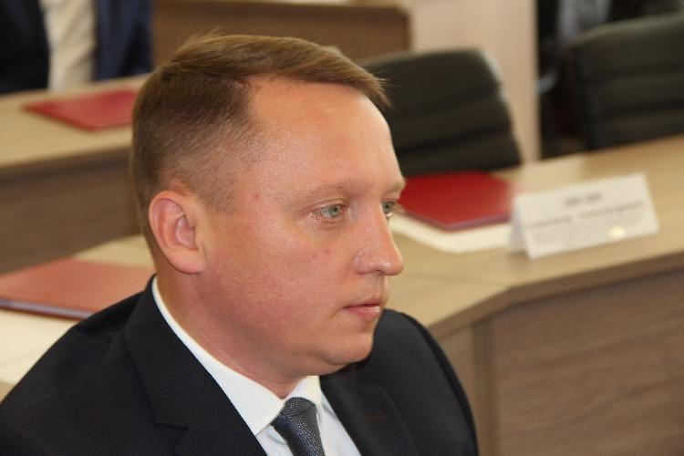 Роман Ирисов: коммунисты Есипов и Анидалов больше заняты самопиаром, чем решением проблем своих балаковских избирателей