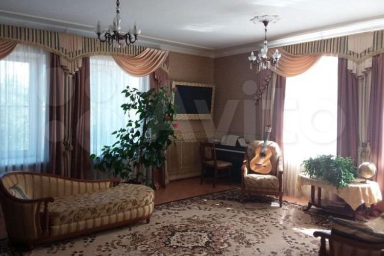 Пафос миллениума. На Avito выставлена самая дорогая квартира в Балакове
