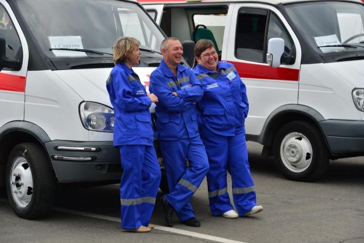 Вопрос повышения зарплат работникам Балаковской скорой помощи прорабатывается минздравом