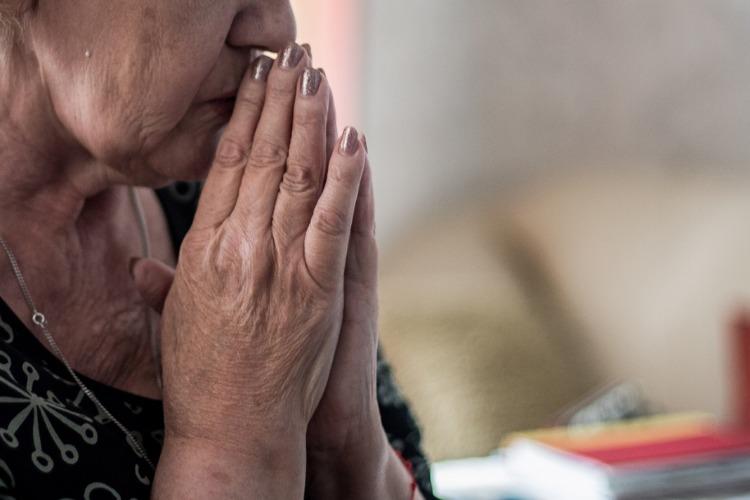 В Балакове доверчивая бабушка отдала мошенникам 1,35 миллиона рублей