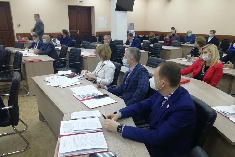 Чтобы хорошо жить, Балакову нужен еще один бюджет